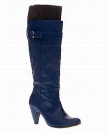 Obujte sa do zimy! / Trendy zimné čižmy (http://www.luxurymag.sk)