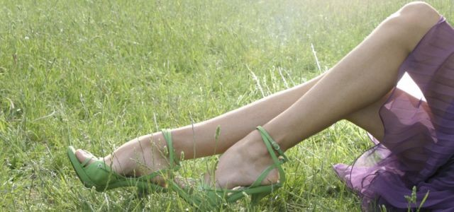 b3821cc9e3e7 Vykračujte si na podpätkoch ako Carrie Bradshaw!   Sandále a črievičky 2011