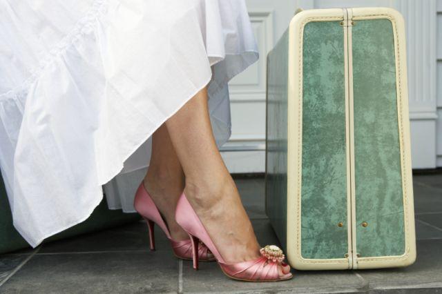 ebee46b30eee Vykračujte si na podpätkoch ako Carrie Bradshaw!   Sandále a črievičky 2011  (http