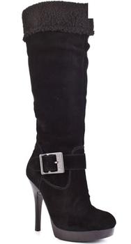 ... Čierne čižmy - na kline aj bez podpätku (http   www.luxurymag e197fb926d5