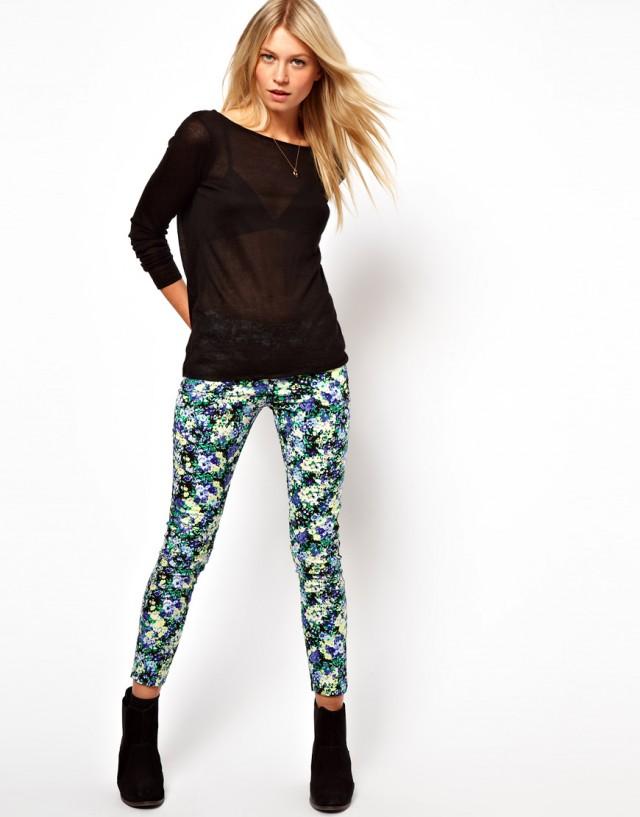 29da716f4287 ... Fashion trend  S jarou kvitnú aj nohavice (http   www.luxurymag