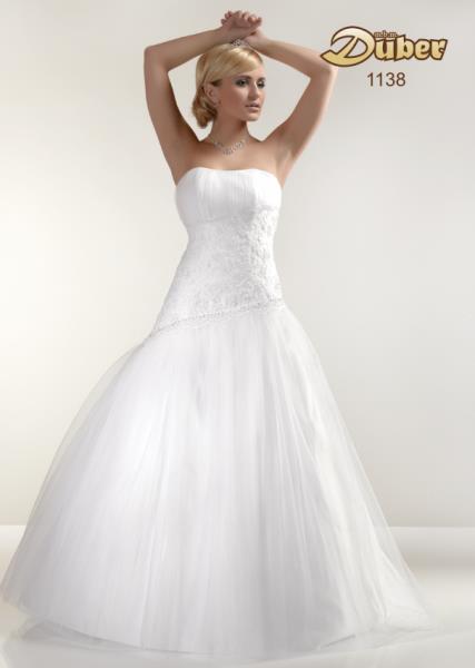 55e8b6676e49 Svadobné šaty jar   leto 2013 (http   www.luxurymag.sk ...