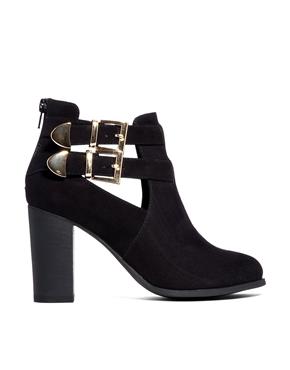 39c6f216bd Trendy dámske topánky na jeseň a zimu 2014 (http   www.luxurymag ...